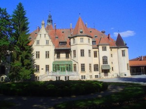 Dvorac Hilleprand- Mailath u Donjem Miholjcu